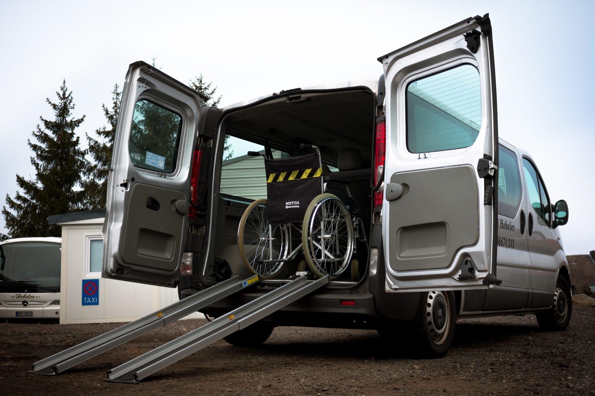 Rollstuhlgerechte Transporte